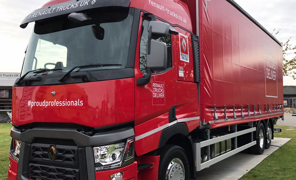 renault trucks proudprofessionals initiative celebrates pride in the commercial vehicle. Black Bedroom Furniture Sets. Home Design Ideas