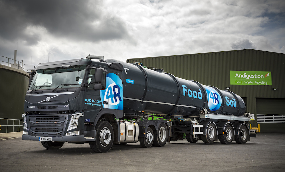 Volvo's FM Lite tractor unit proves weight conscious on waste operations | Fleet UK Haulier