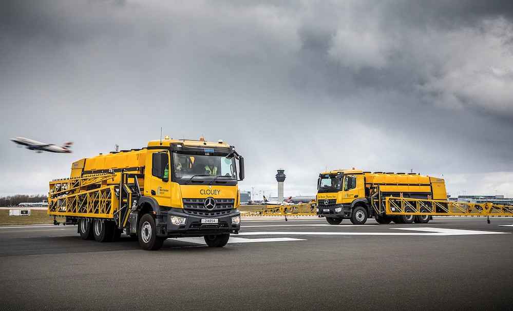 Mercedes benz arocs keep manchester airport flying fleet for Mercedes benz dealers manchester