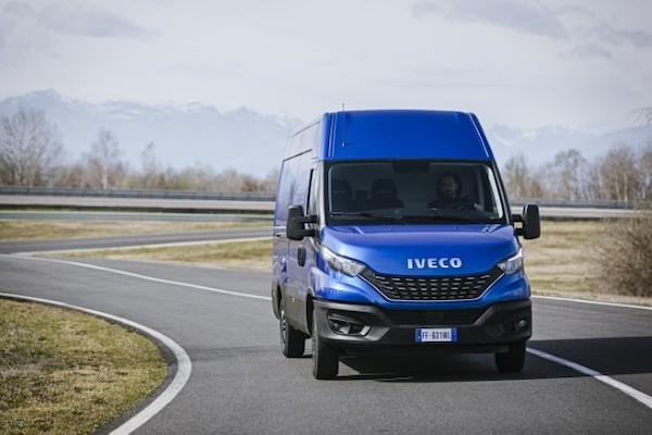 IVECO-Retail-Profile-1