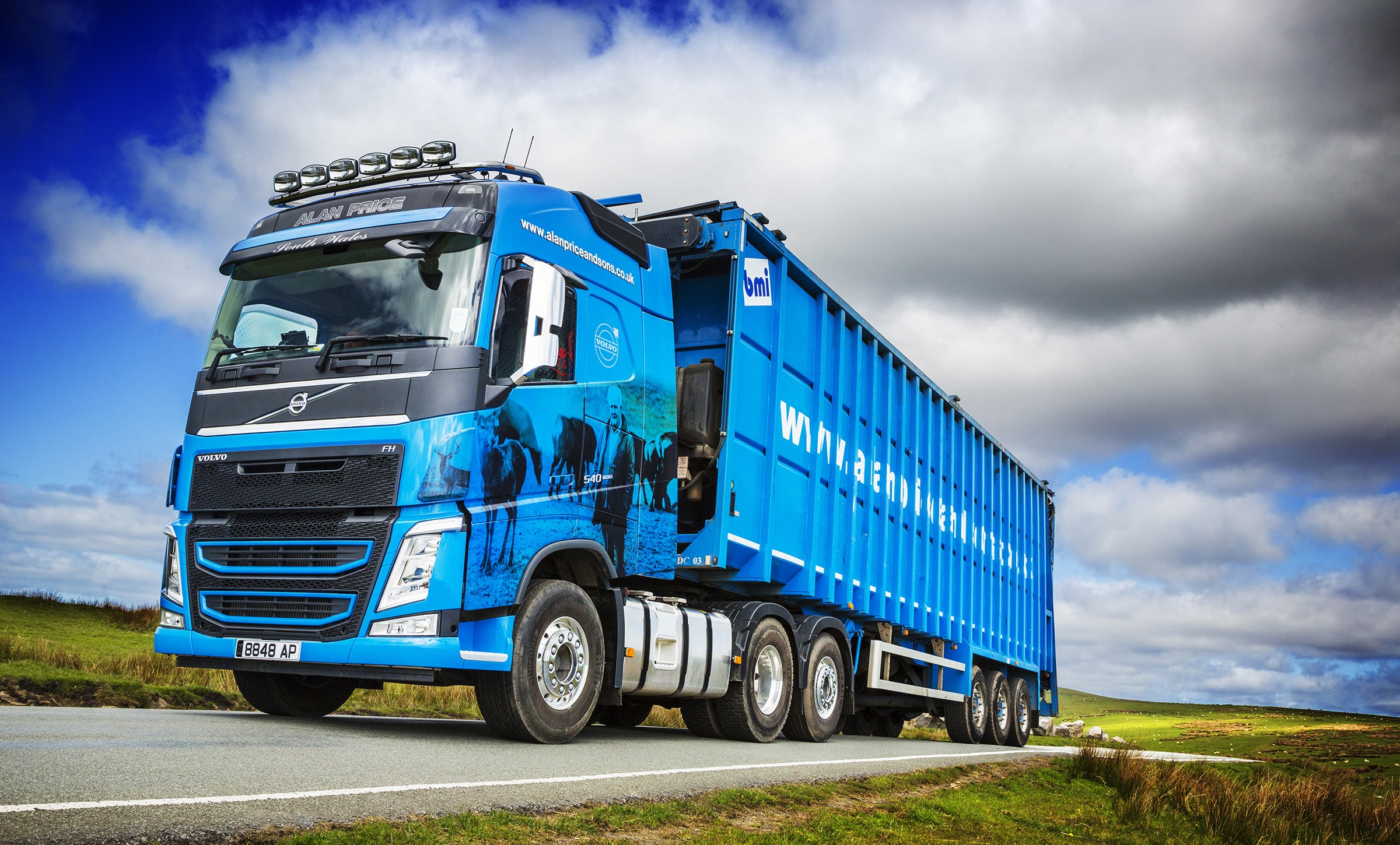 Alan Price & Sons smart new Volvo FH is 'Monarch of the Cwm'   Trucks UK Haulier