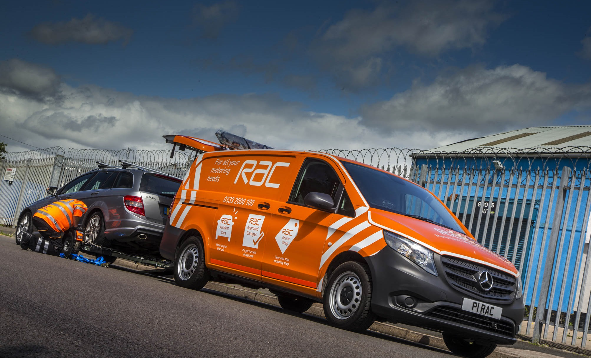 mercedes benz new vito goes on patrol with rac star vans uk haulier. Black Bedroom Furniture Sets. Home Design Ideas