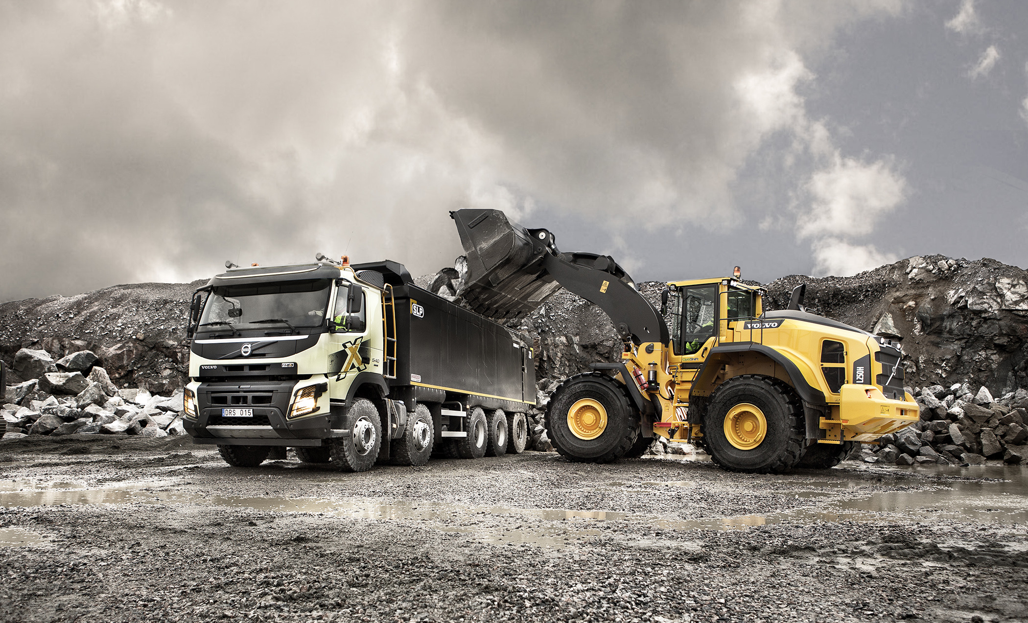 Volvo Trucks showcase construction truck innovations at Hillhead 2016 | Trucks UK Haulier