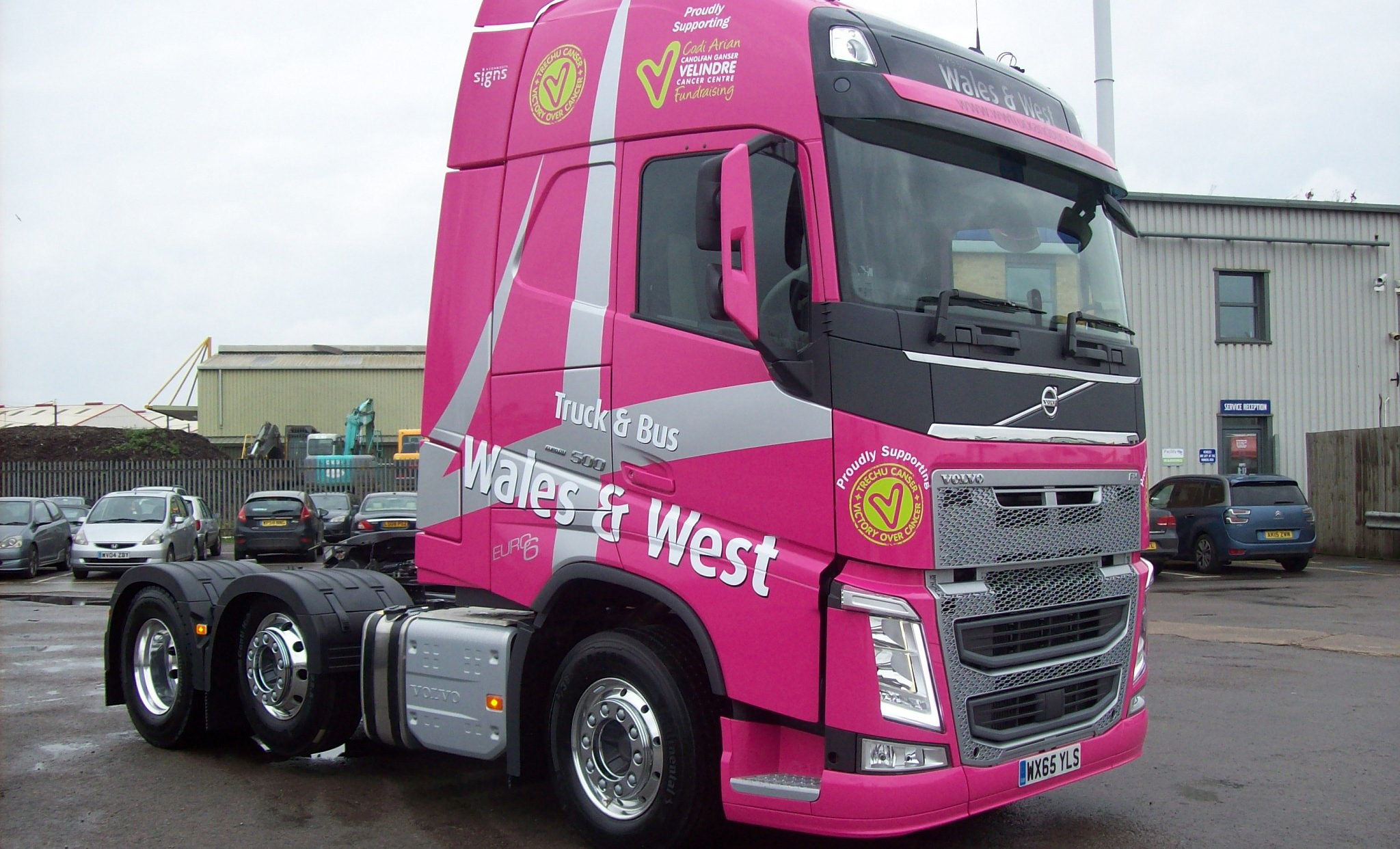 Truck and Bus Wales & West FH Demo supports Velindre Cancer Centre