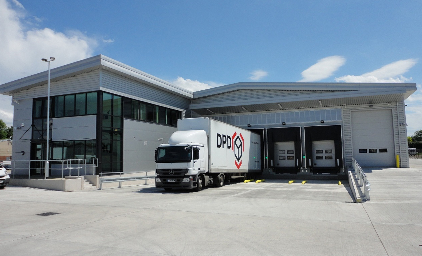 Dpd Invests 163 10m In New Distribution Centre And Four New
