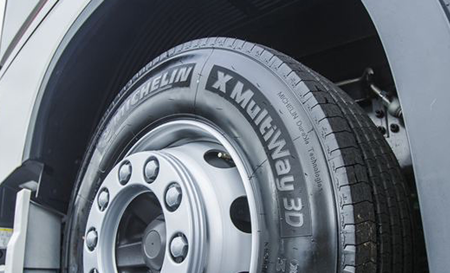 Truck tyre size shift continues, reports Michelin | Tyres ...